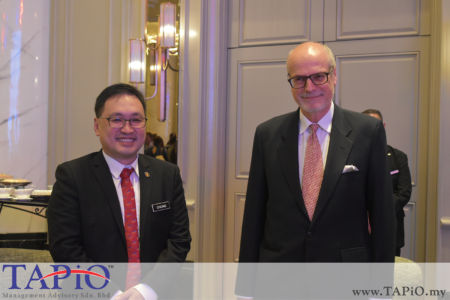 from left to the right: Deputy Minister of Domestic Trade and Consumer Affairs YB Chong Chieng Jen, Ambassador of Poland Krzysztof Dębnicki
