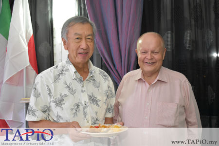 from left to the right: Ambassador of Japan H.E. Makio Miyagawa, Chairman of TAPiO Management Advisory Mr. Bernhard Schutte