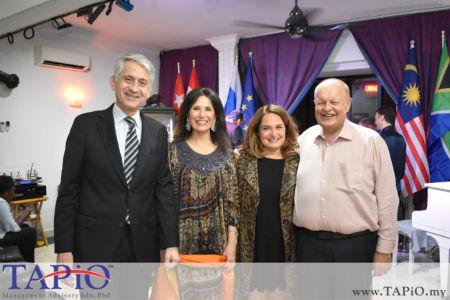 from left to the right: Ambassador of Chile H.E. Rodrigo Perez Manriquez, Mrs. Patricia Gloria Trincado Clavero, Mrs. Fariba POSTL, Chairman of TAPiO Management Advisory Mr. Bernhard Schutte