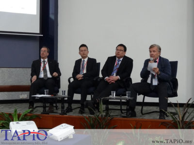 Prof. Dr. Juergen Unfried, IIART StuttgartHans Mr. Beng Yang Ong, TÜV SÜD PSB Pte Ltd Mr. Raymond Lau Purchasing Director, BMW Malaysia- Hans-Joachim Heusler, Managing Director of Bayern International was moderating the second panel session.