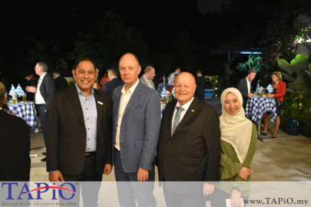 from left to the right: Siemens Malaysia President and Chief Executive Officer Mr. Indranil Lahiri, Ambassador of Germany H.E. Nikolaus von der Wenge Graf Lambsdorff, Chairman of TAPiO Management Advisory Mr. Bernhard Schutte, Ms. Ain Aisyah