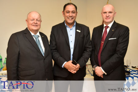 from left to the right: Chairman of TAPiO Management Advisory Mr. Bernhard Schutte, Siemens Malaysia President and Chief Executive Officer Indranil Lahiri, CEO of Malaysia International Trade & Exhibition Center (MITEC) Mr. Günther Biessel