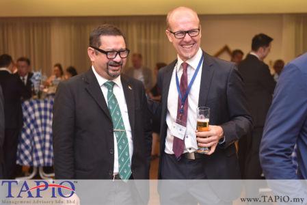 from left to the right: General Manager, Investor Management ECERDC Saifol Bahari Mohd Shamlan, Executive Director MGCC Daniel Bernbeck