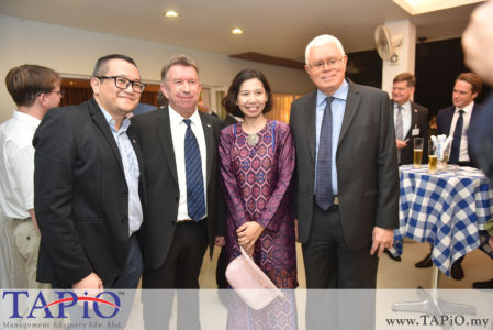 from left to the right: Senior Manager of ECERDC – Investor Management Division Mr. Peter Pan Choon Seong; Bavaria Ministry of Economic Affairs, Energy and Technology Mr. Hans-Jürgen Radmacher; Senior Manager Business Development Corporate Strategic Planning Division ECERDC Ms. Nurliza Ahmed; CEO of ECERDC Datuk Seri Jebasingam Issace John