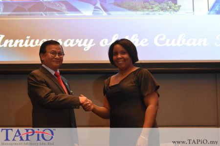 from left to the right: Deputy Minister of Works Haji Mohd Anuar bin Mohd Tahir, Ambassador of Cuba H.E. Ibete Fernandez Hernandez