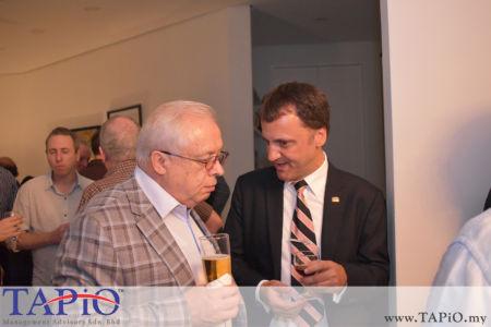 from left to the right: Ambassador of Russia H.E. Valery N. Yermolov, Managing Partner of TAPiO Management Advisory Thomas Bernthaler