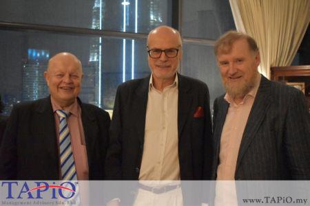 from left to the right: Chairman of TAPiO Management Advisory Mr. Bernhard Schutte, Ambassador of Poland H.E. Krzysztof Dębnicki, Ambassador of Ireland H.E. Eamon Hickey