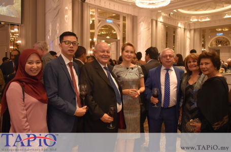 from left to the right: Ms. Ain Aisyah, Director at AZ Scientific Dentistry PLT Billy Choong Bing Liang, Chairman of TAPiO Management Advisory Mr. Bernhard Schutte, Ambassador of Russia Valery N. Yermolov, Madam Irina N. Ermolova, Mrs. Nazie Osman