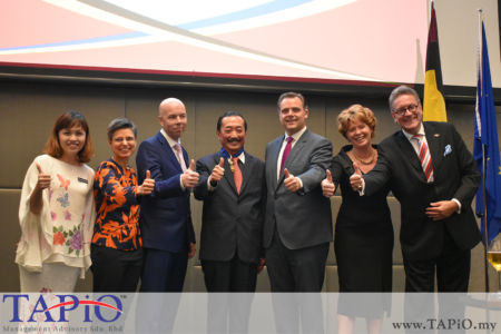 from left to the right: Deputy Minister of Education YB Teo Nie Ching, Governor of the Province of Antwerp Cathy Berx, Daniel Pans, Founder of Berjaya Corporation Tan Sri Vincent Tan Chee Yioun, Secretary of State for Social Fraud, Privacy and the North Sea Philippe De Backer, Mrs. Maria Grégoire, Ambassador of Belgium H.E. Pascal Grégoire