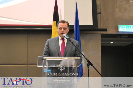 Secretary of State for Social Fraud, Privacy and the North Sea Mr. Philippe De Backer