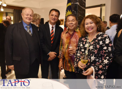 from left to the right: Chairman of TAPiO Management Advisory Mr. Bernhard Schutte, Managing Partner of TAPiO Management Advisory Mr. Thomas Bernthaler, Chairman LCTH Corporation Berhad Datuk Muhammad Feisol Bin Haji Hassan, Chairman of The National Autism Society of Malaysia (NASOM) Ms. Feilina S.Y Muhammad Feisol