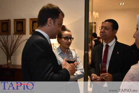 Managing Partner of TAPiO Management Advisory Mr. Thomas Bernthaler and the interns having a conversation with Attaché for Customs &Trade Facilitation of Timor-Leste Embassy Mr. Cancio de Jesus Oliveira