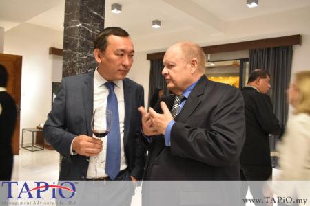 Chairman of TAPiO Management Advisory Mr. Bernhard Schutte with the Ambassador of Kazakhstan to Malaysia H.E. Daniyar Sarekenov