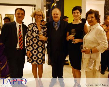 from left to the right: Managing Partner of TAPiO Management Advisory Mr. Thomas Bernthaler, Mrs. Ane Tang Vahr, Chairman of TAPiO Management Advisory Mr. Bernhard Schutte, Mrs. Tamara Ann Hardikar, Mrs. Nazie Morad