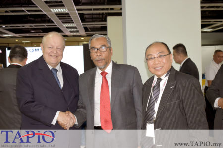 from left to the right: Chairman of TAPiO Management Advisory Mr. Bernhard Schutte, Deputy Minister of Entreprenuer Developement Dr Mohamad Hatta Ramli, Chief Learning Training & Development Strategist - Chief Learning Officer & Master Trainer HRDF Dr Timothy Law