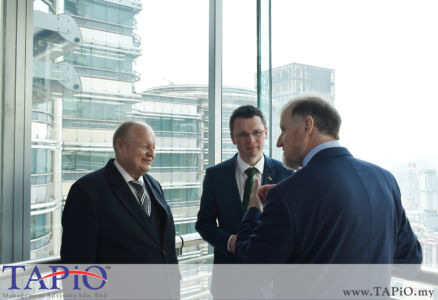 from left to the right: Chairman of TAPiO Management Advisory Mr. Bernhard Schutte; Minister of State for Finance, Public Expenditure & Reform Mr. Patrick O'Donovan TD; Ambassador of Ireland H.E. Eamon Hickey
