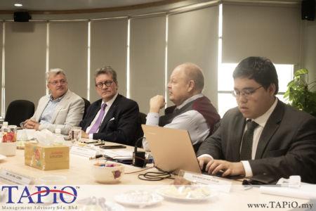 from left to the right: Trade & Investment Counselor (Hub. Brussels/Brussels Exports) Mr. Rudi Mertens; Ambassador of Belgium to Malaysia H.E. Pascal H. Grégoire; Chairman of TAPiO Management Advisory Mr. Bernhard Schutte; Mr. Nur Redzlan Nur Jazlan