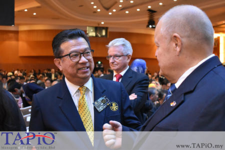 from left to the right: Vice President of Federation of Malaysian Manufacturers (FMM) Dato' Dr. Ir. Andy Seo, Chairman of TAPiO Management Advisory Mr. Bernhard Schutte