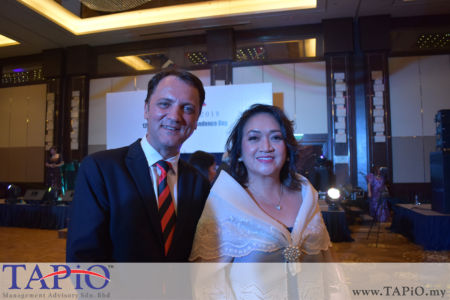 from left to the right: Managing Partner of TAPiO Management Advisory Mr. Thomas Bernthaler, Madam Maria Victoria H. Jose