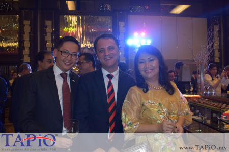 from left to the right: General Manager of HappyWater Mr. Heng Siang Tan, Managing Partner of TAPiO Management Advisory Mr. Thomas Bernthaler, Mrs. Aimee Imelda SOMWEBER