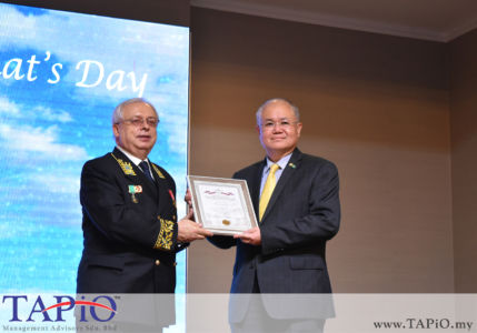from left to the right: Ambassador of Russia H.E. Valery N. Yermolov