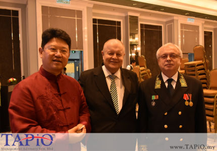 from left to the right: Ambassador of China H.E. Ambassador Mr. Bai Tian, Chairman of TAPiO Management Advisory Mr. Bernhard Schutte, Ambassador of Russia H.E. Valery N. Yermolov