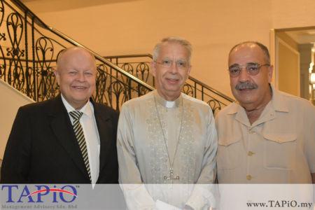 from left to the right: Chairman of TAPiO Management Advisory Mr. Bernhard Schutte, Ambassador of Holy See H.E. Monsignor Joseph Marino, Ambassador of Palestine H.E. Walid Abu Ali