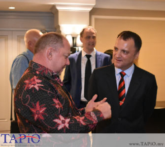 from left to the right: Diplomatic Attache of Cuba Mr. Jose Luis Camero Hernandez, Managing Partner of TAPiO Management Advisory Mr. Thomas Bernthaler