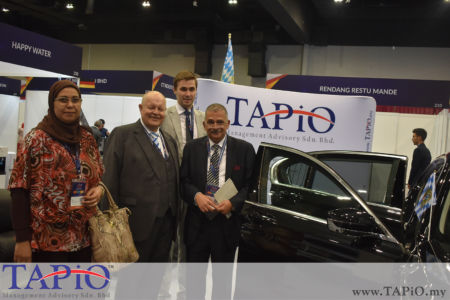 Chairman of TAPiO Management Advisory Mr. Bernhard Schutte with Minister Plenipotentiary Commercial of Egypt Mr. Amr Abdel Halim.